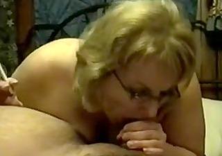 mature cougar smoking orall-service