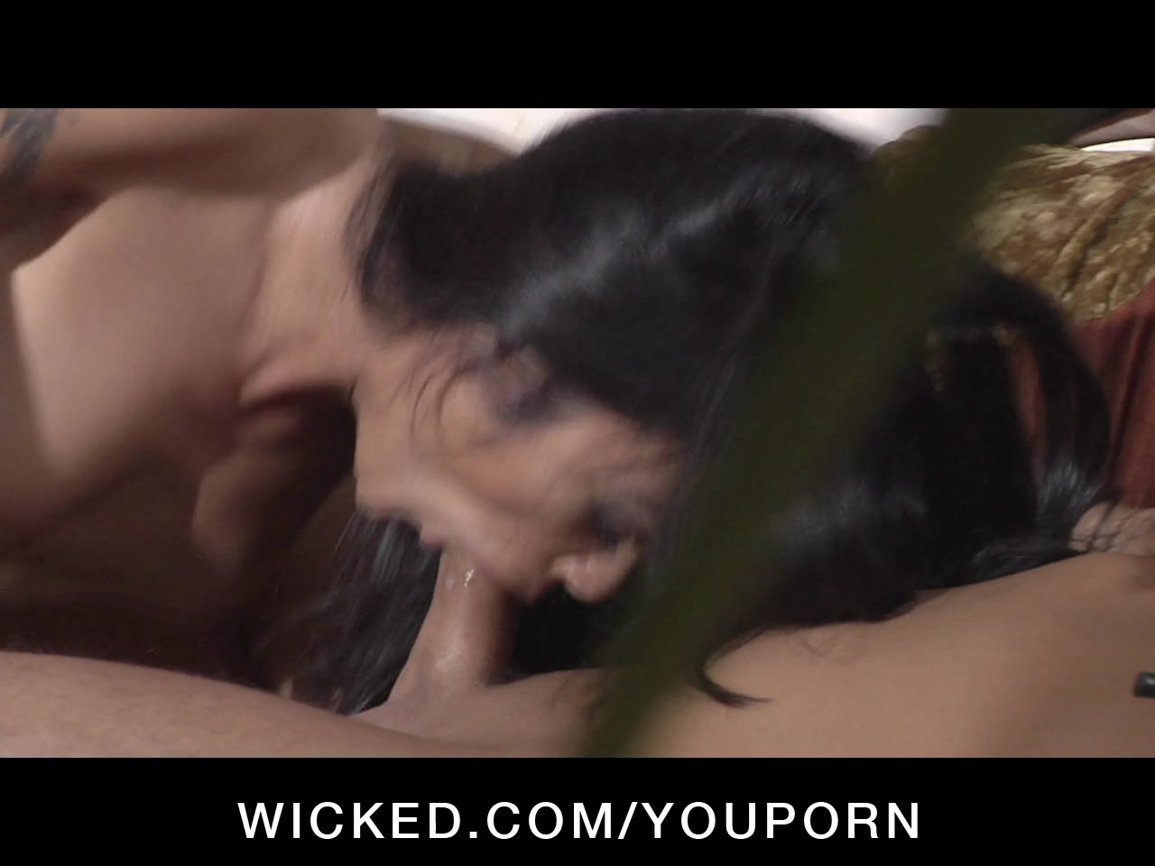 natural tit lesbians have muff licking threesome