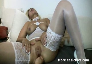 blond mother i fisted hard and drilled in her